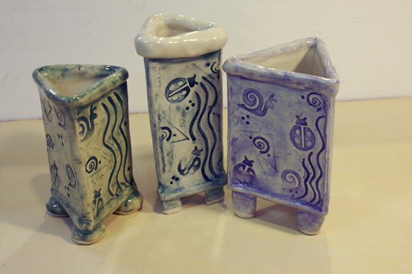 Three-sided vases
